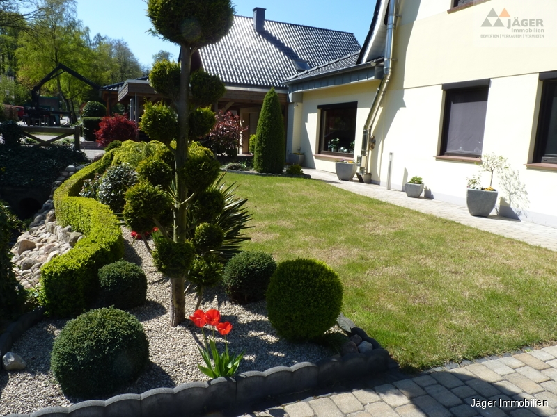 hübscher Vorgarten